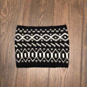 Small black and white Ann Taylor scarf